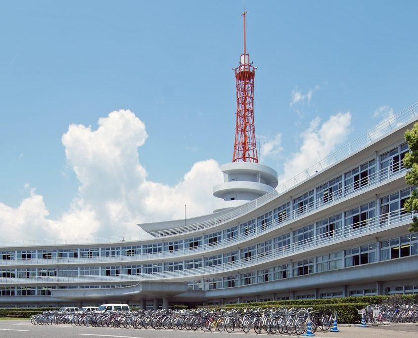 tokai_university_shonan_building_1